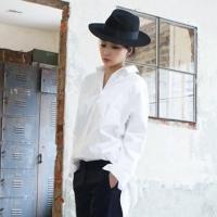 夏天白衬衫搭怎么搭配 穿出清爽夏日气息