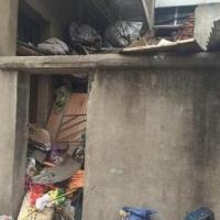 武汉孤寡七旬老人捡垃圾上瘾 塞满了一栋2层楼民房