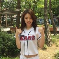 韩国女歌手 薛河允将任棒球比赛开球嘉宾