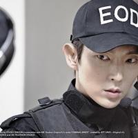 李准基扮警察羞认自己帅 说中文问候台粉