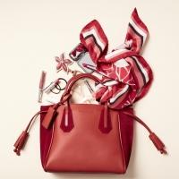 Longchamp母亲节献礼 「包」藏心意